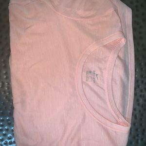 Nike T-Shirt; Never worn!!